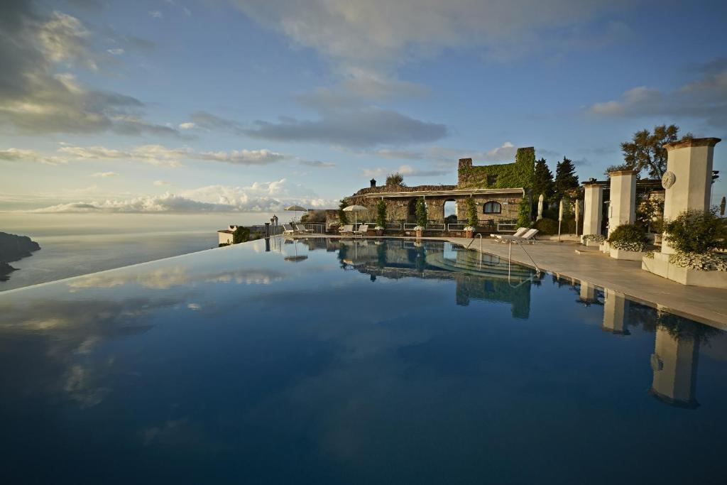 Бассейн в Caruso, A Belmond Hotel, Amalfi Coast или поблизости