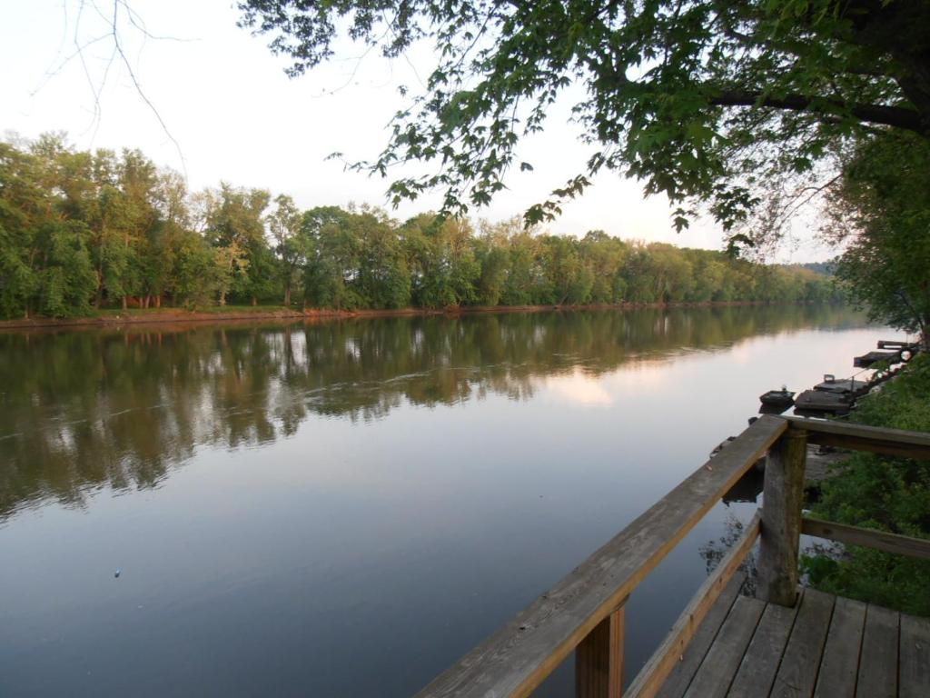 Martin's River Cabin