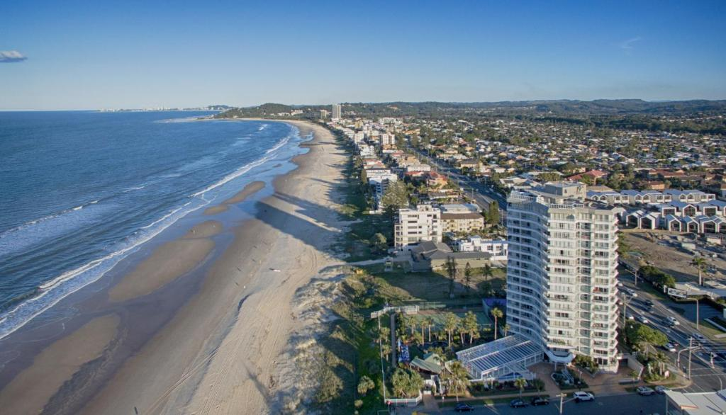 A bird's-eye view of 19th Avenue on the Beach