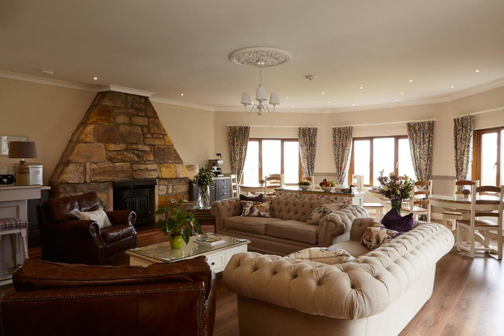 A seating area at Bowhill Bed and Breakfast