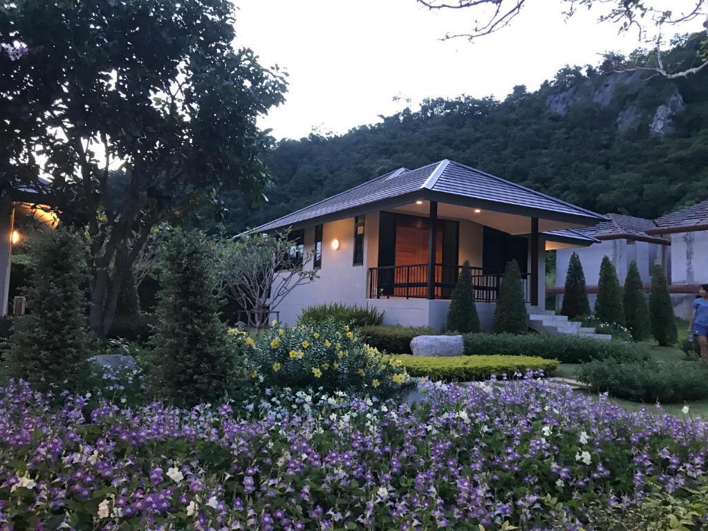 Khaokhab Lodge