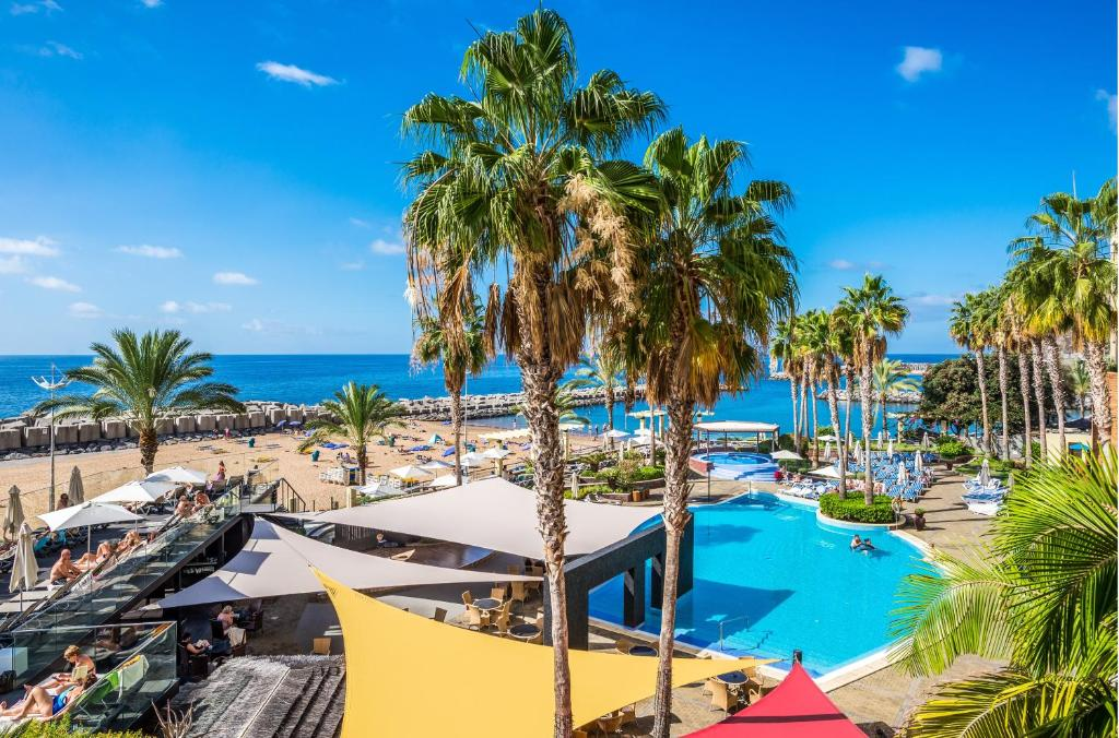 A view of the pool at Calheta Beach - Savoy Signature or nearby