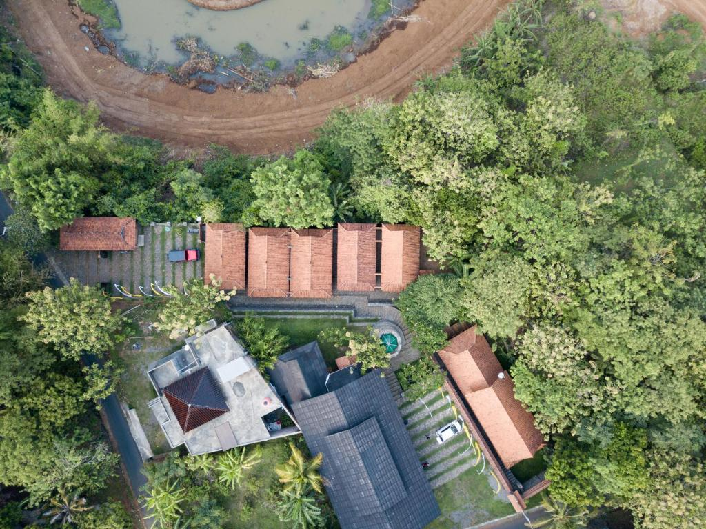 A bird's-eye view of Harum Manis Cottages