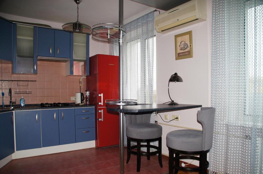 Кухня или мини-кухня в Апартаменты м.Павелецкая