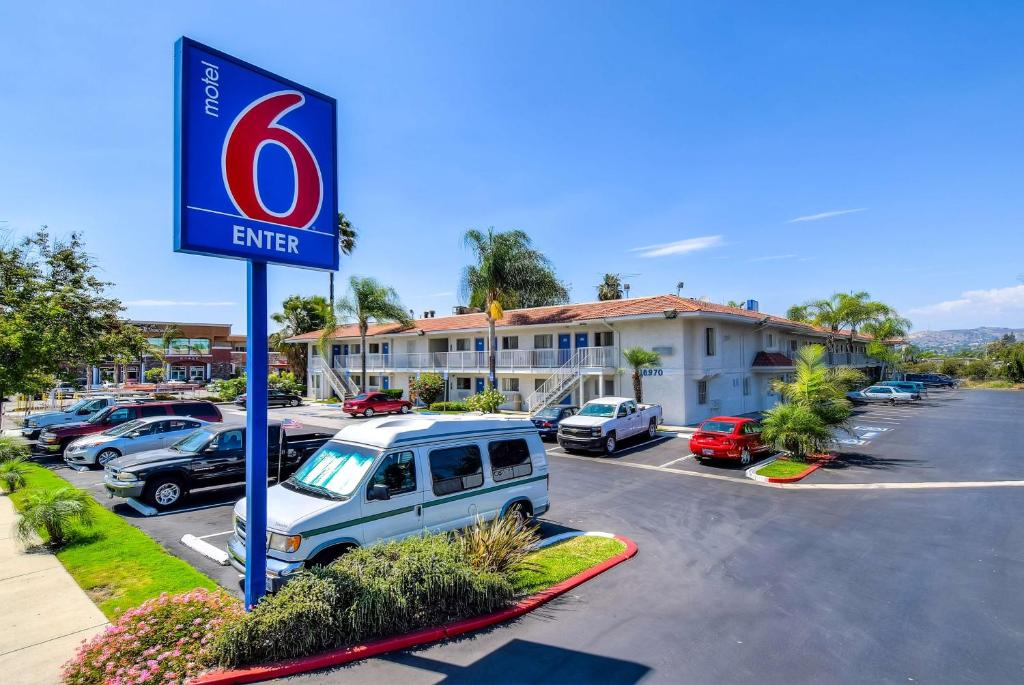Motel 6-Rowland Heights, CA - Los Angeles - Pomona