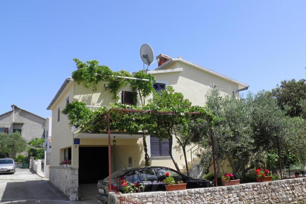Apartments by the sea Cove Ljubljeva, Trogir - 2194