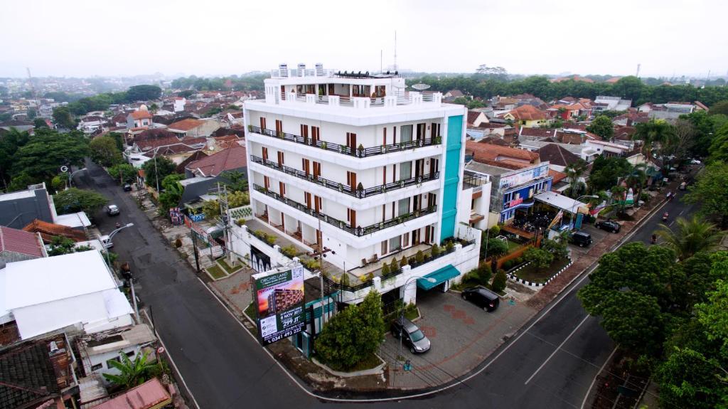 Ratu Homestay Malang Malang 8 Guest Reviews Booking Com