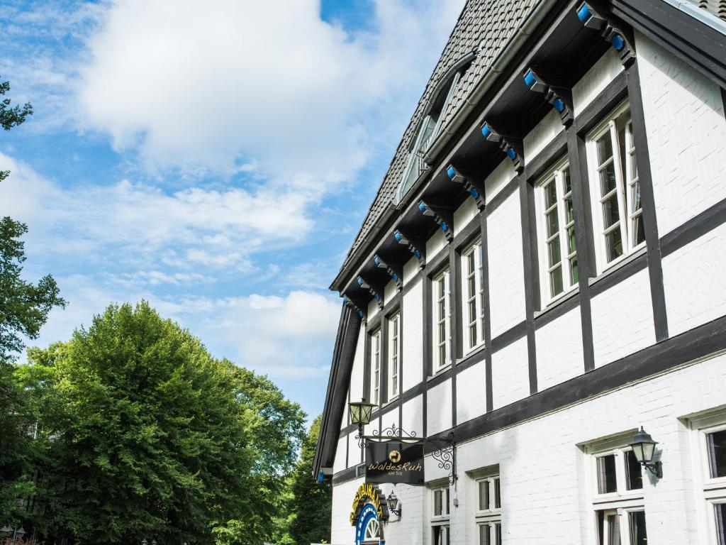 Hotel Waldesruh Am See Aumuhle, Germany