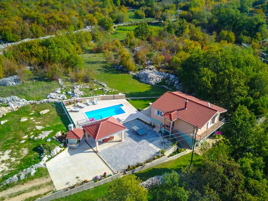 A bird's-eye view of Villa Katja
