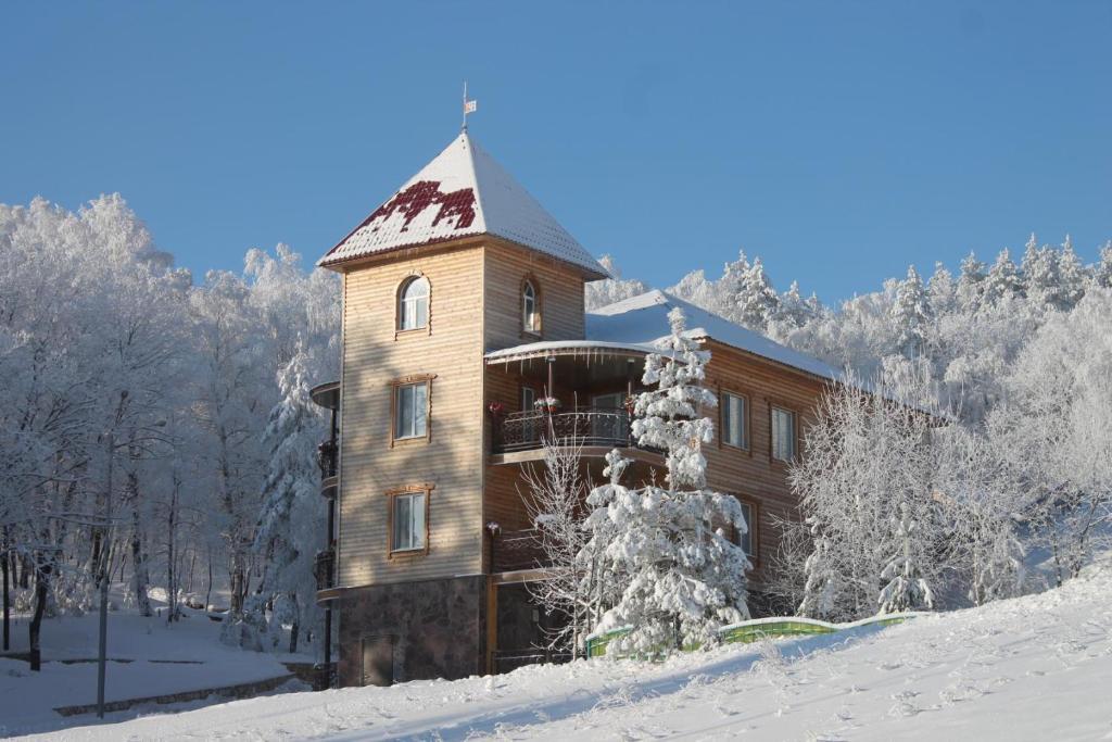 Парк Отель Хвалынский зимой