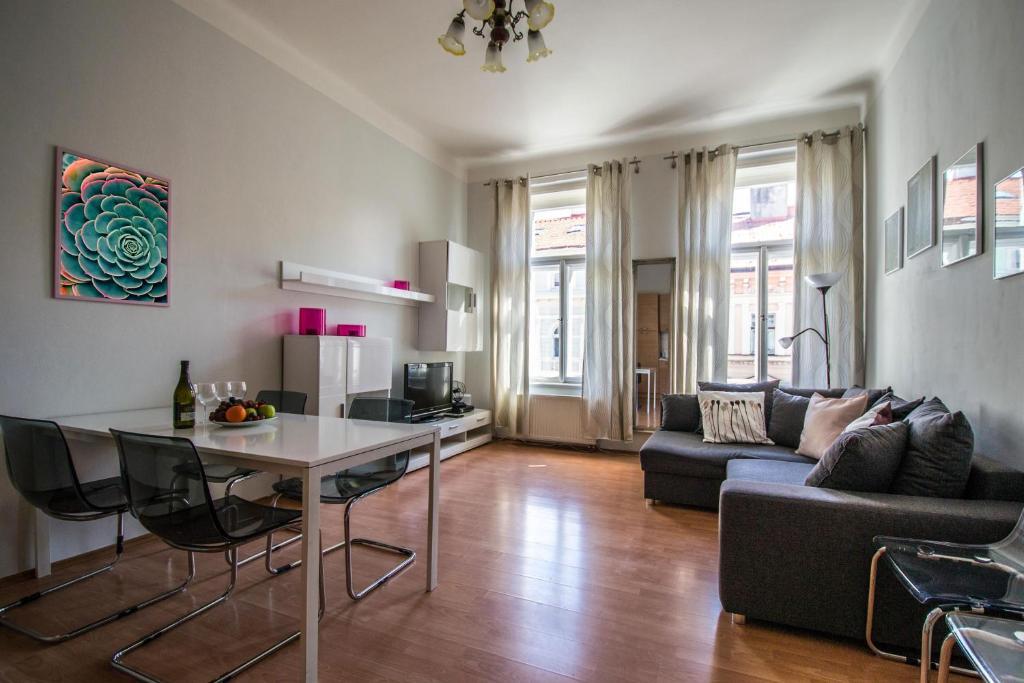 Modern Cozy Apartment By Ruterra Prague Czech Republic Booking Com
