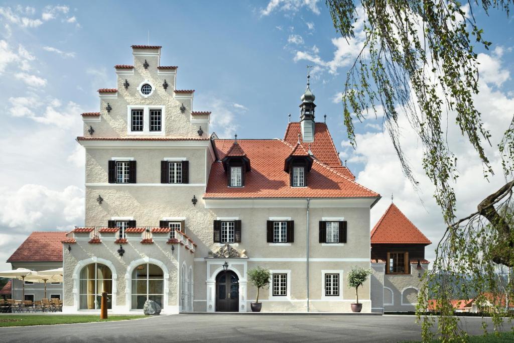Hotels In Katschwald