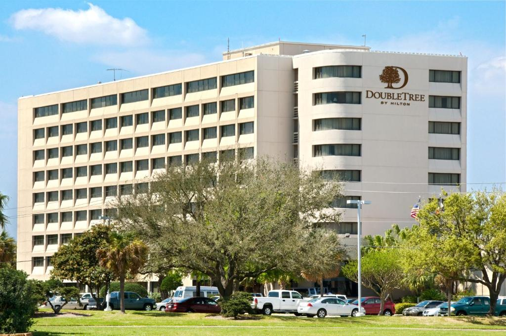 DoubleTree by Hilton Hotel Houston Hobby Airport.