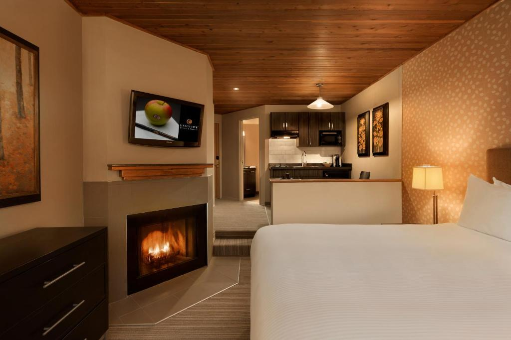 A television and/or entertainment center at Executive Inn Whistler