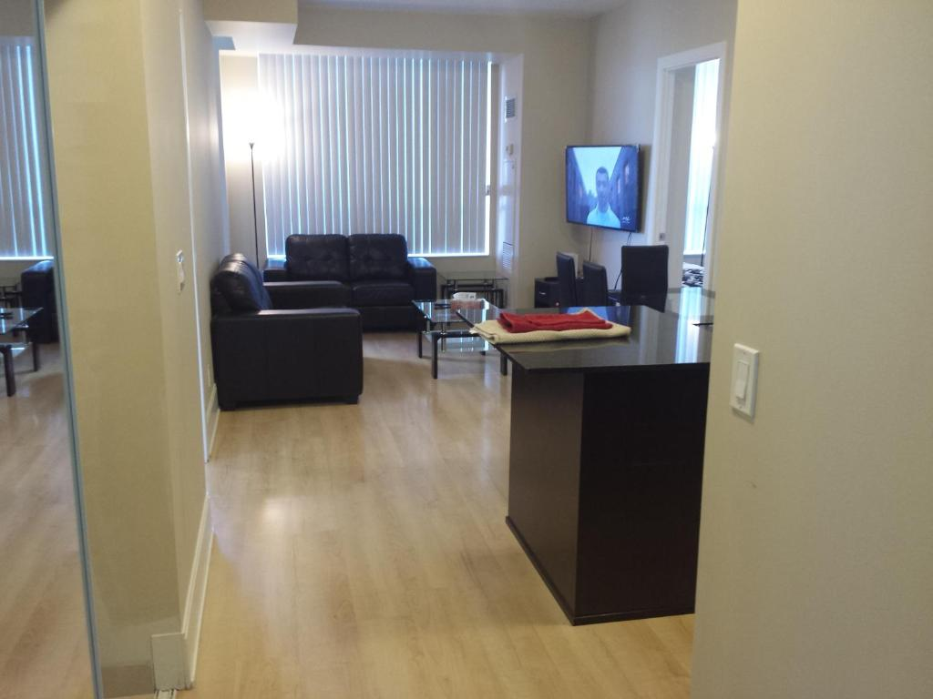 Best Location Spectacular View 2 Bedrooms Furnished Condo S L Rent Mississauga Updated 2021 Prices