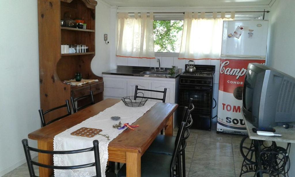 Una cocina o kitchenette en Departamento La Lliera