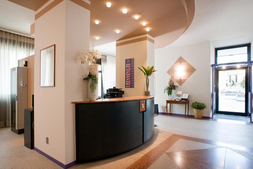Hall o reception di Hotel Gardenia