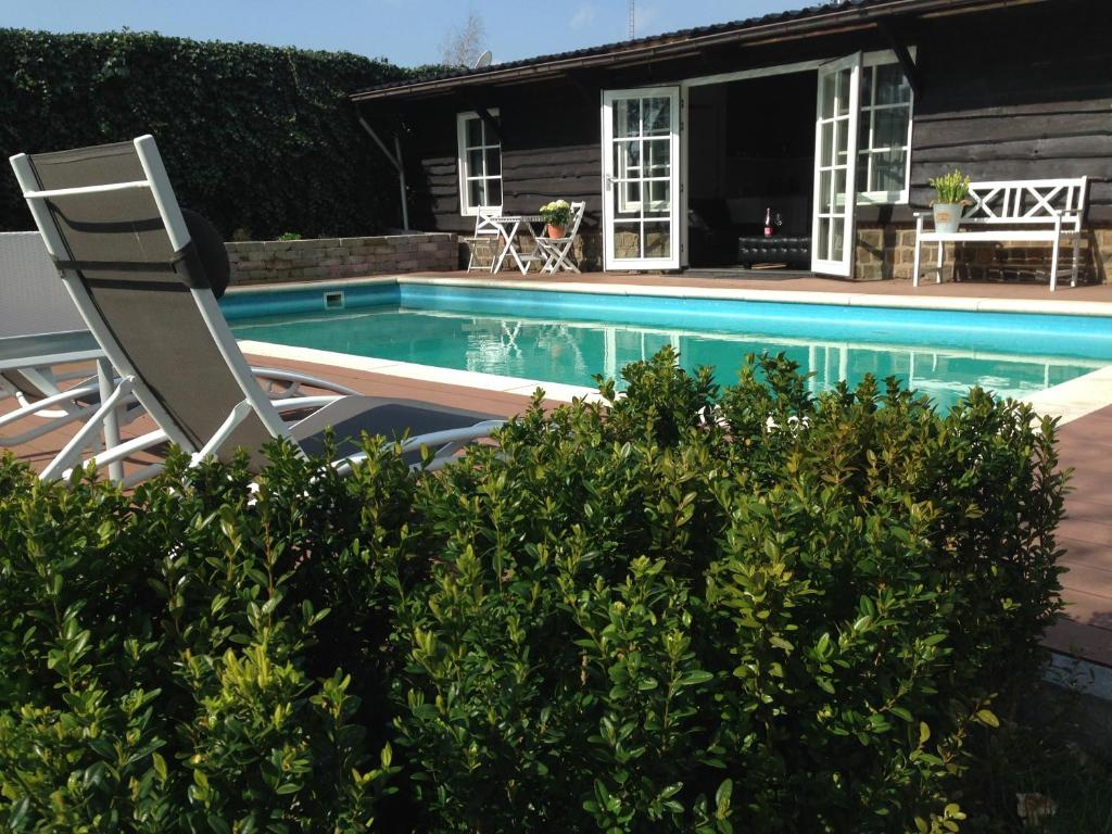 The swimming pool at or close to The Poolhouse