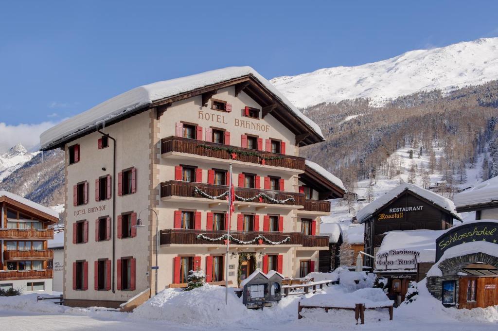 Hotel Bahnhof in de winter
