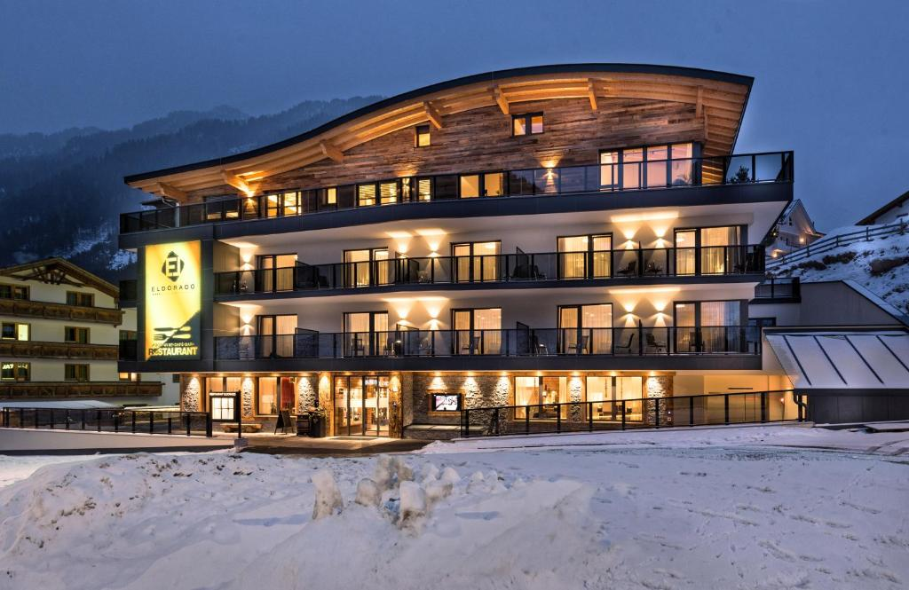 Hotel Eldorado during the winter