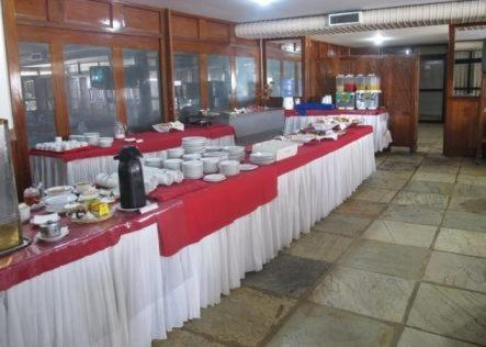 A restaurant or other place to eat at Hotel Aruan