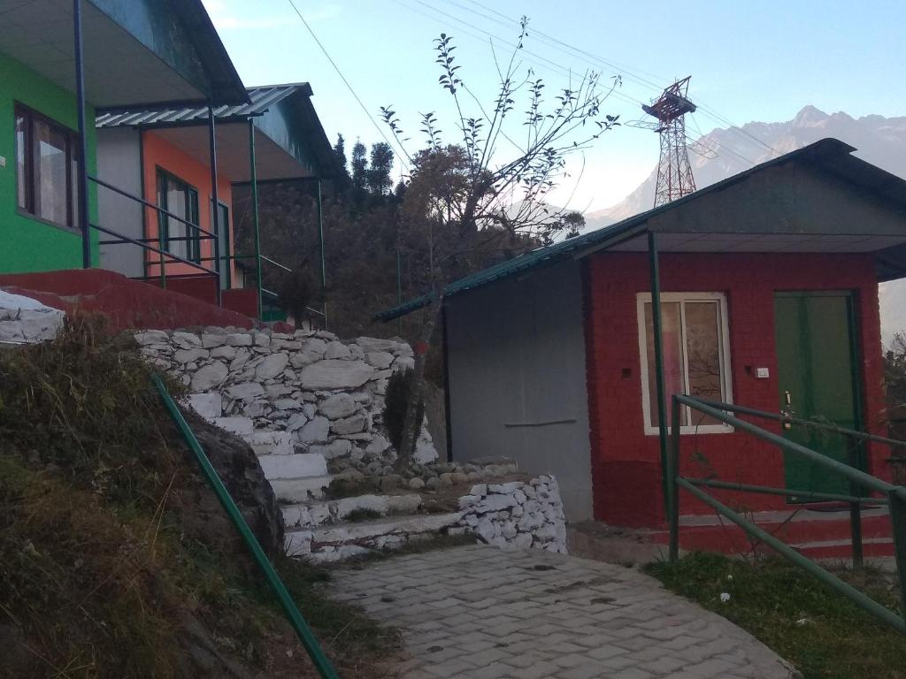 Dream Mountain Resort auli