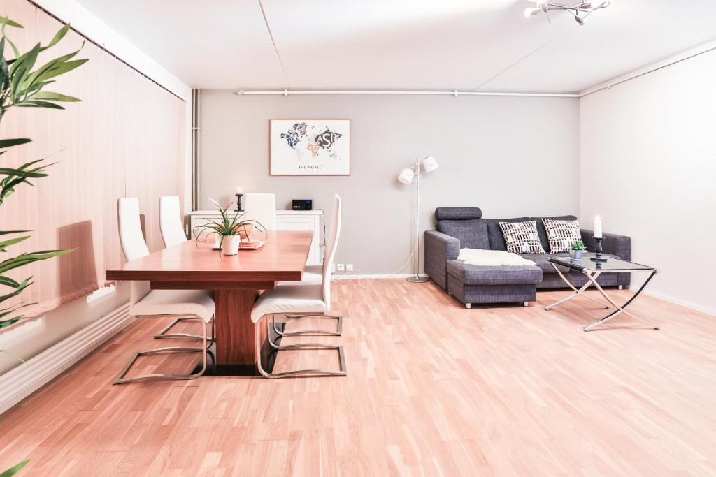 A seating area at Fredrik's apartment in Oslo centre