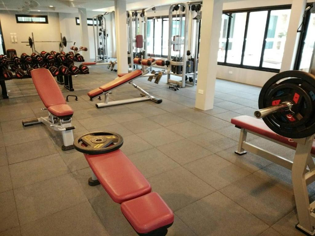 The fitness center and/or fitness facilities at Phangan Pearl Villa