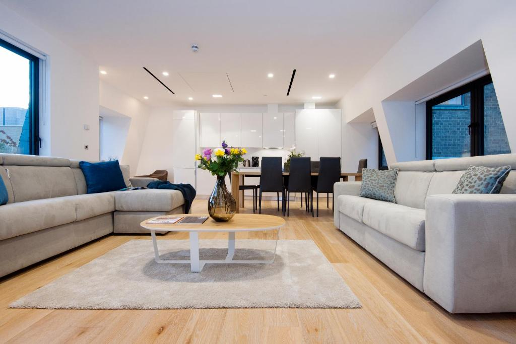 A seating area at Arcore Premium Rental The Strand