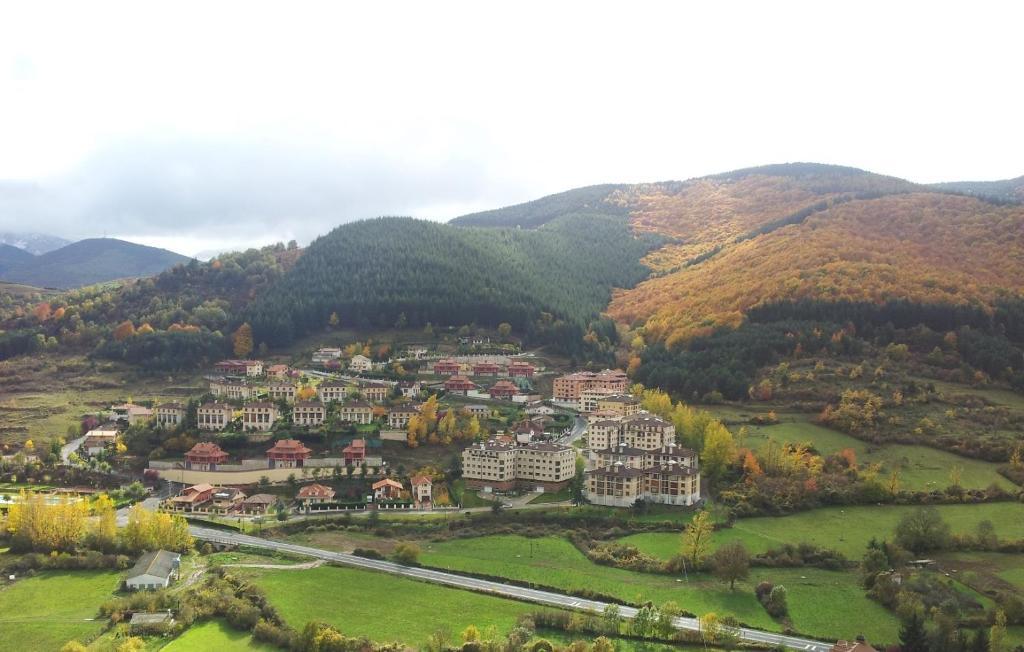 Apartamentos Turísticos Real Valle Ezcaray a vista de pájaro