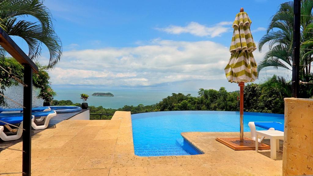 The swimming pool at or near Gay Hotel Villa Roca