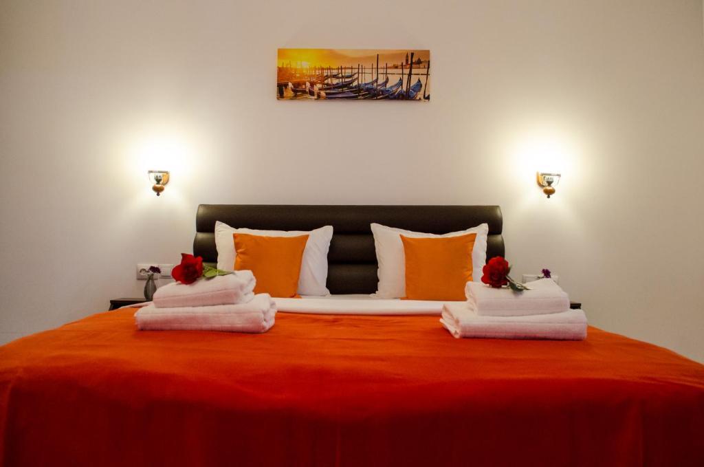 Cama o camas de una habitación en City Lux Villa
