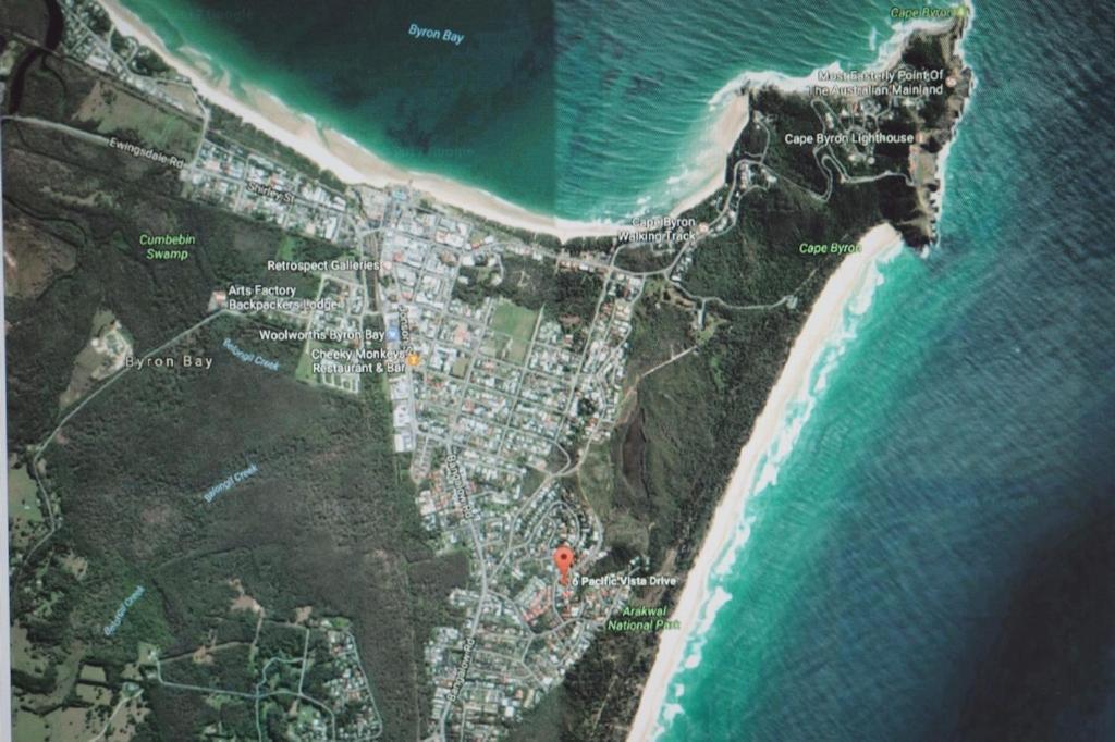 A bird's-eye view of Pacific Vista Budget Retreat