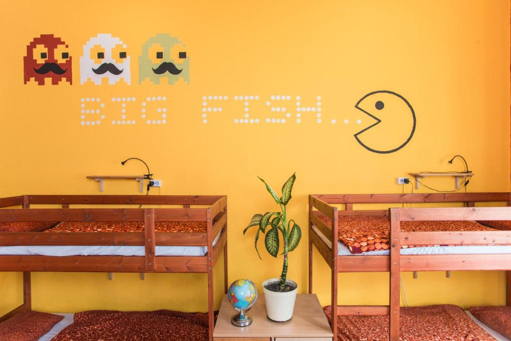 A bunk bed or bunk beds in a room at Big Fish Budapest