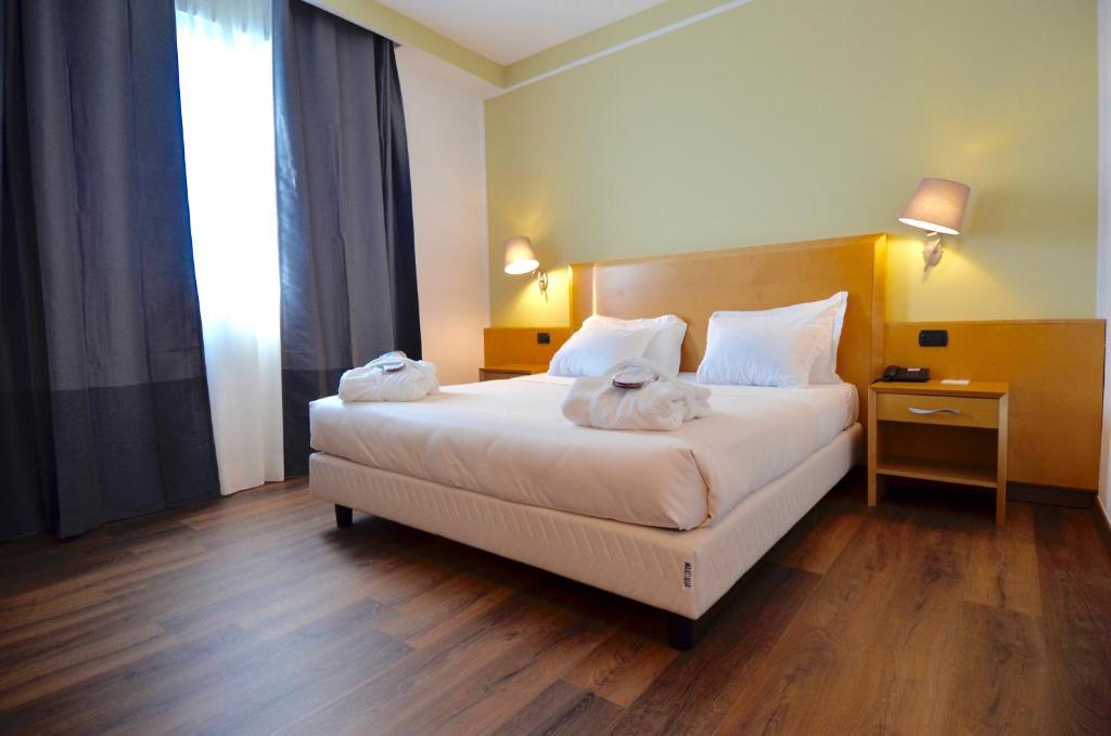 SHG Grand Hotel Milano Malpensa Somma Lombardo, Italy