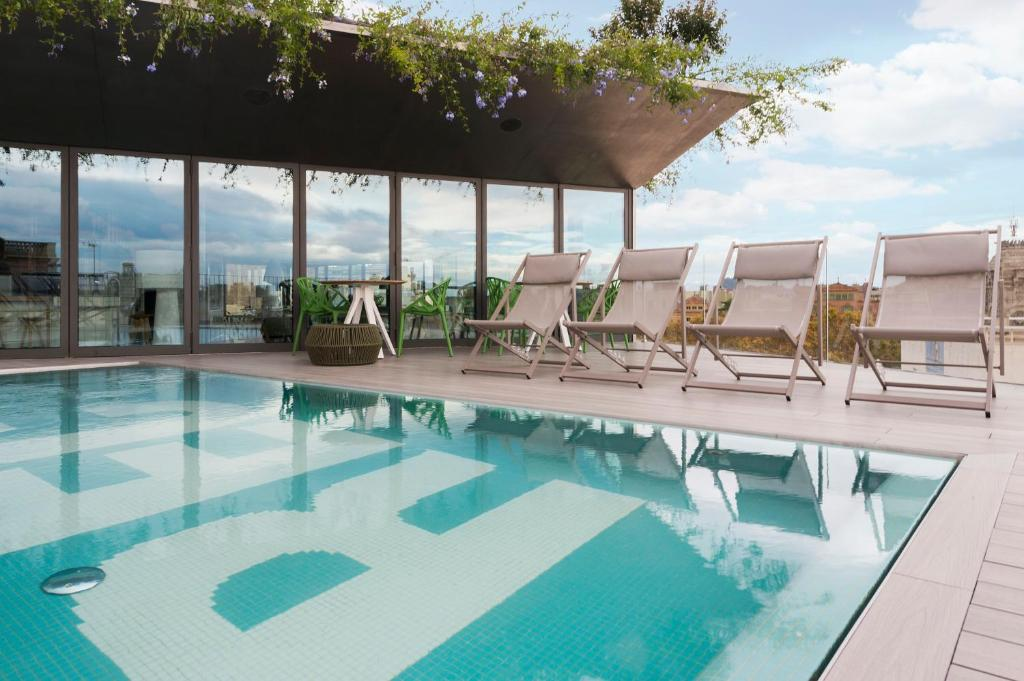 The swimming pool at or close to Hotel Rec Barcelona - Adults Only
