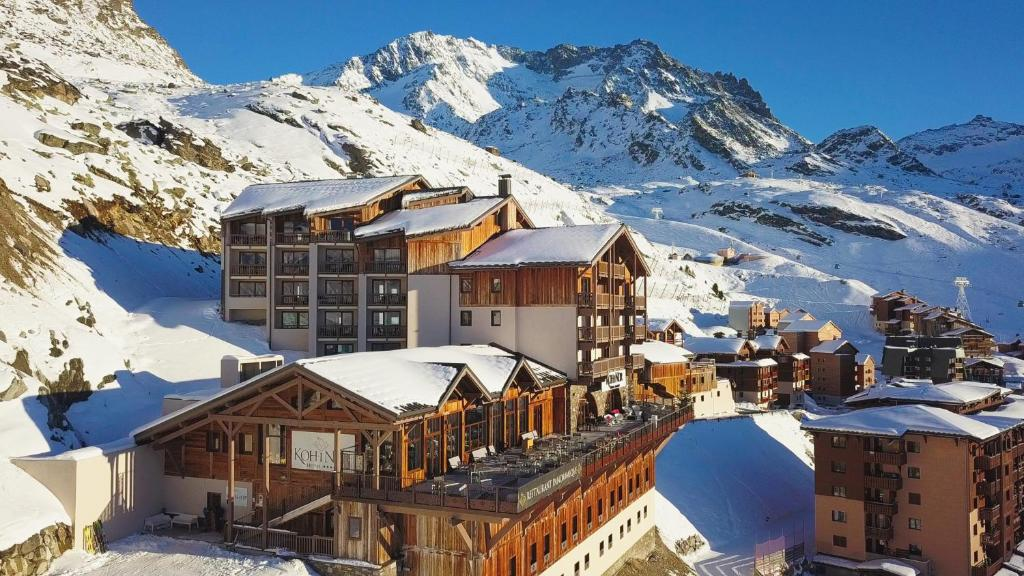 Hotel Koh-I Nor Val Thorens during the winter
