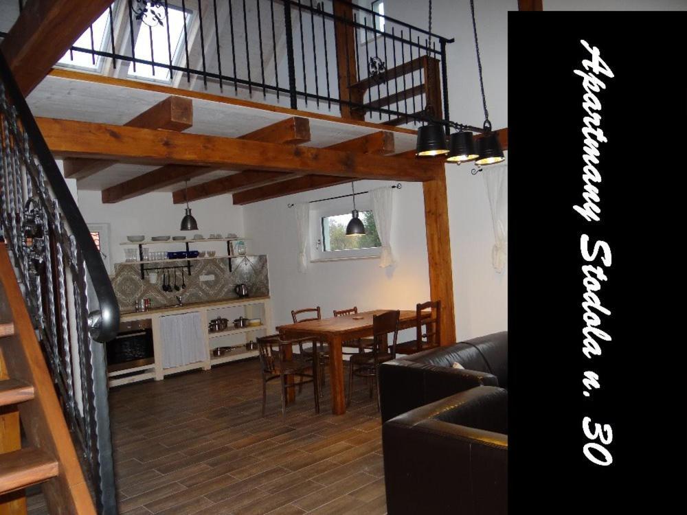 Reštaurácia alebo iné gastronomické zariadenie v ubytovaní Apartmány Stodola n.30