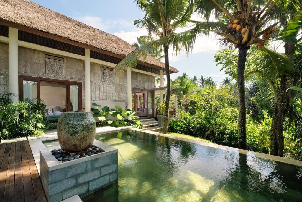 The swimming pool at or close to The Purist Villas & Spa Ubud