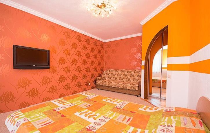 Кровать или кровати в номере Квартира около Аэропорта