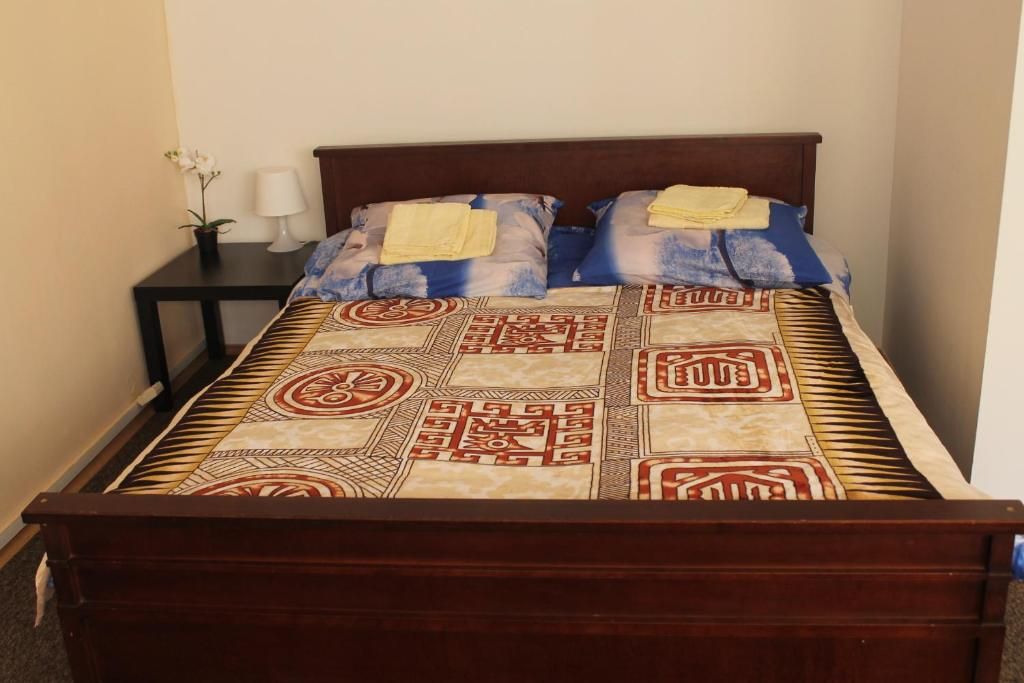 A bed or beds in a room at Hostel Sakvoiaj