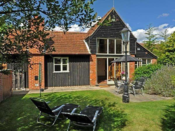 Woodman S Cottage Stratton Strawless Uk Booking Com