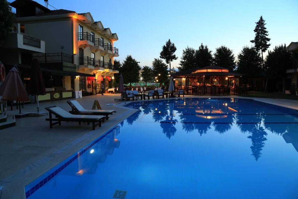 The swimming pool at or near Harman Hotel
