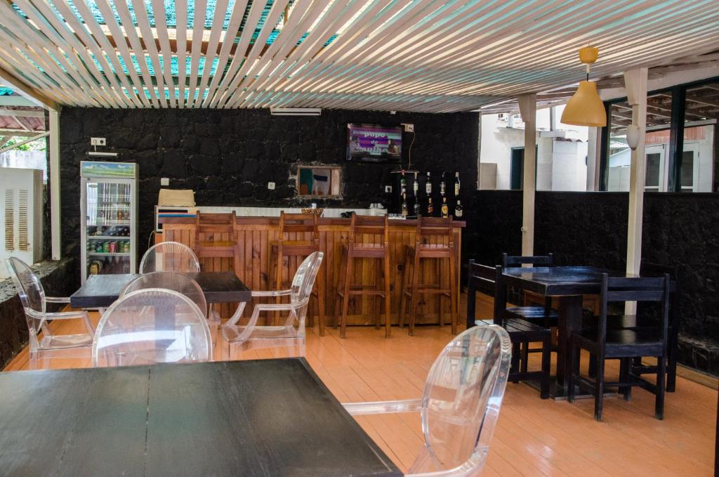 The lounge or bar area at Cocoa Hotel Residence