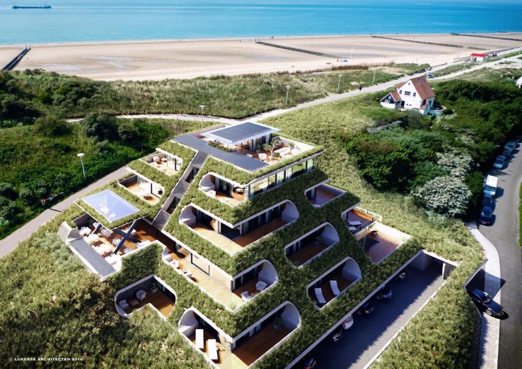A bird's-eye view of Duinhotel Tien Torens - Seayou Zeeland