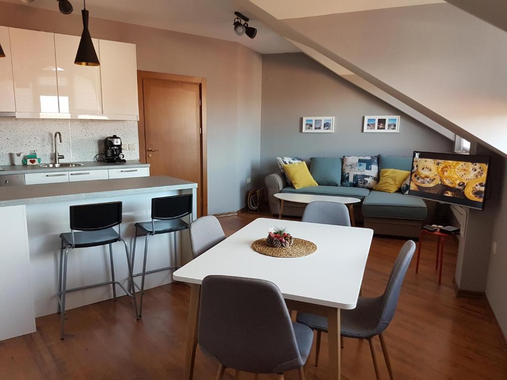 Cozy One Bedroom Apartment Near Bansko Gondola Bansko Updated 2021 Prices