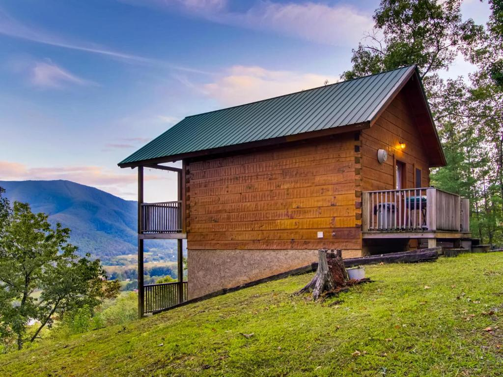 Vacation Home Hatcher S Mountain Cabin Sevierville Tn Booking Com
