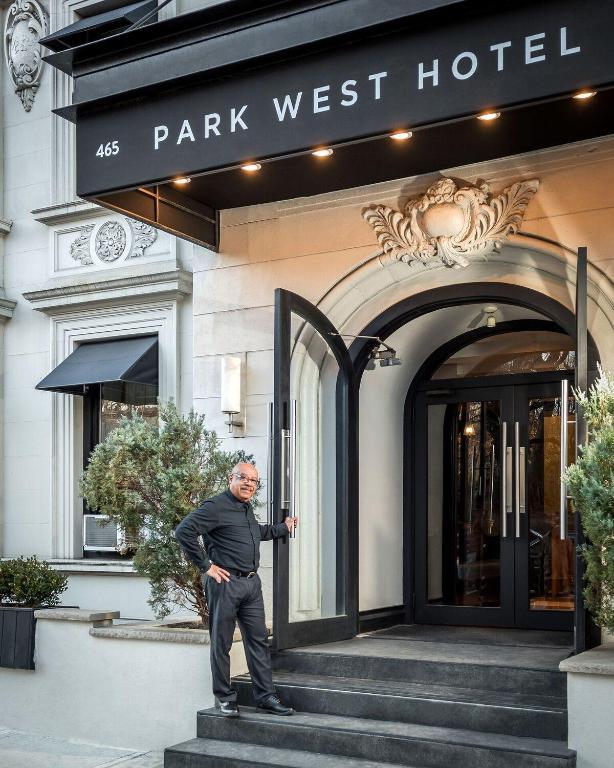 Park West Hotel New York Ny Booking Com