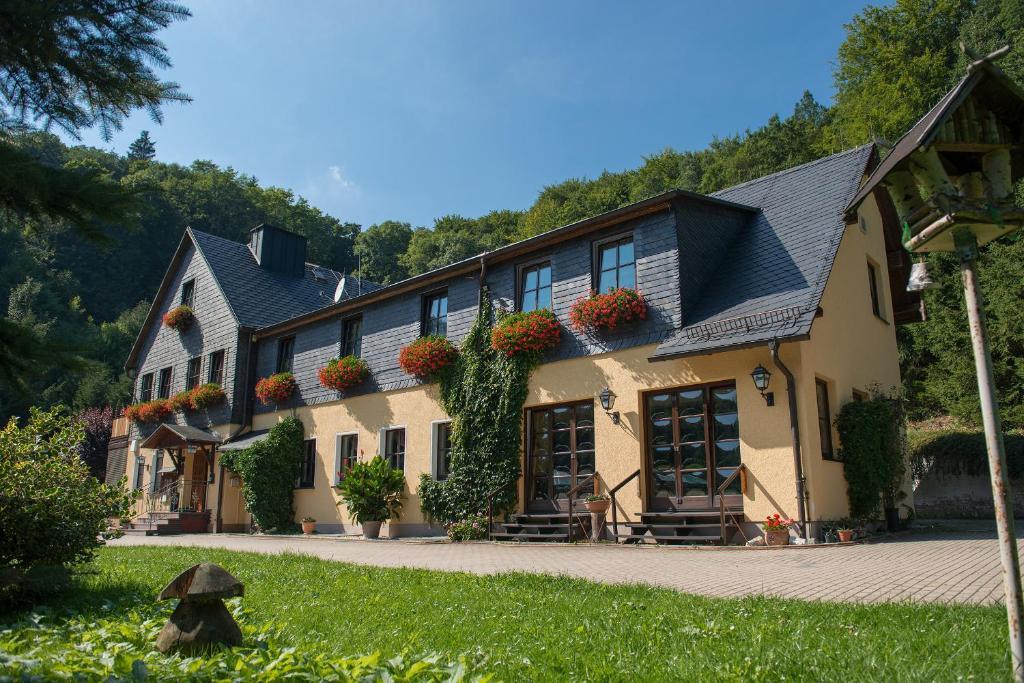 Flair-Waldhotel Mellestollen Saalfeld, Germany