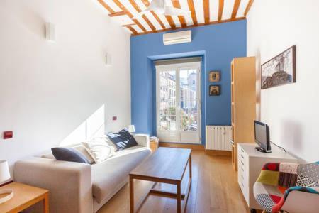 Zona de estar de Cozy Sunny in Madrid Center